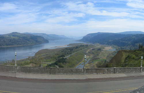 View from Crown Point, looking over the Columbia River