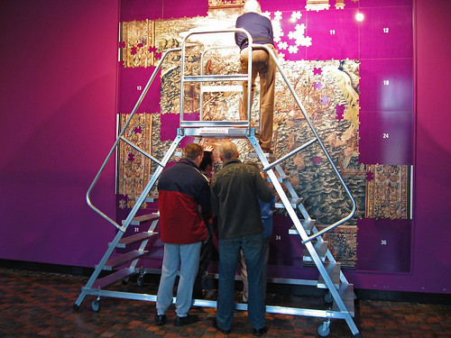 Zeeuws Museum, każdy zwiedzający dostaje fragment ogromnej układanki dodopasowania