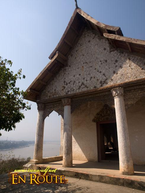 Wat Chom Phet Temple Ruin