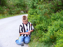 Juventus fan William (Michelsen Photography) Tags: road summer italy nature sport norway club lumix fan soccer blueberry mind motive turin fotball juventus winning fjell 2007 juve zazzle successful sotra otw ©allrightsreserved roymichelsen fjellkommune httpwwwzazzlecomneslehcim motive4u2see