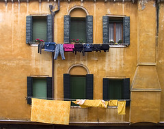 Venetian Windows (Rafski) Tags: venice windows italy dry laundry g2 cloths lpwindows