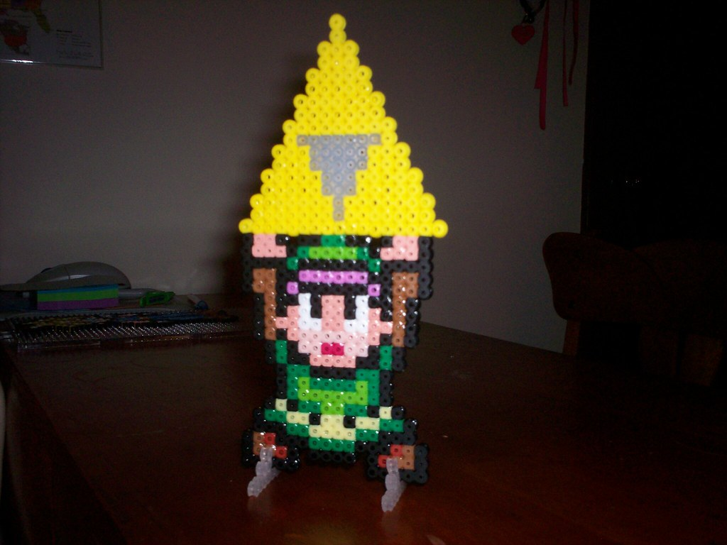 Link with Triforce, standing
