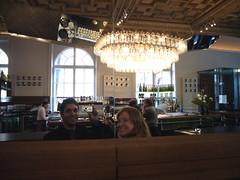 Libby and Chad eagerly awaiting Tafelspitz (chad_k) Tags: vienna wien me restaurant austria mirror österreich interior libby mak oesterreich austriahungary oesterreicherimmak oesterreicher austrianmuseumofappliedarts oesterreichischesmuseumfuerangewandtekunst