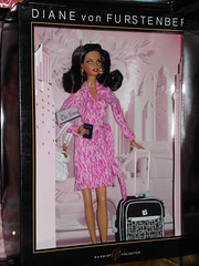 Diane von Furstenberg Barbie (Doll Fashionista) Tags: dolls barbie dianevonfurstenberg munecas unboxed barbiecollector dollcollector maledollcollector barbiecollectables maledollcollectors barbiecollectors