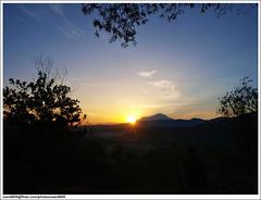 Matahari telah timbul (sam4605) Tags: morning sunrise landscape ed olympus malaysia borneo kotakinabalu sabah kinabalu pagi pemandangan zd sabahborneo 1260mm sepanggar