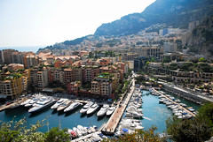 Monte Carlo (julien.reboulet) Tags: sea mer france port alpes french landscapes nice nikon europe riviera palace bateaux casino montecarlo monaco côtedazur d200 provence circuit var paysages nizza menton niza frenchriviera francese meditérannée principauté maritimos circuitdemonaco wwwjulienrebouletfr