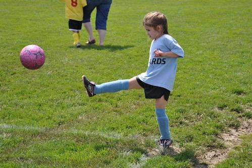Alana Corner Kick