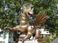 Dragon statue in Stephanshausen