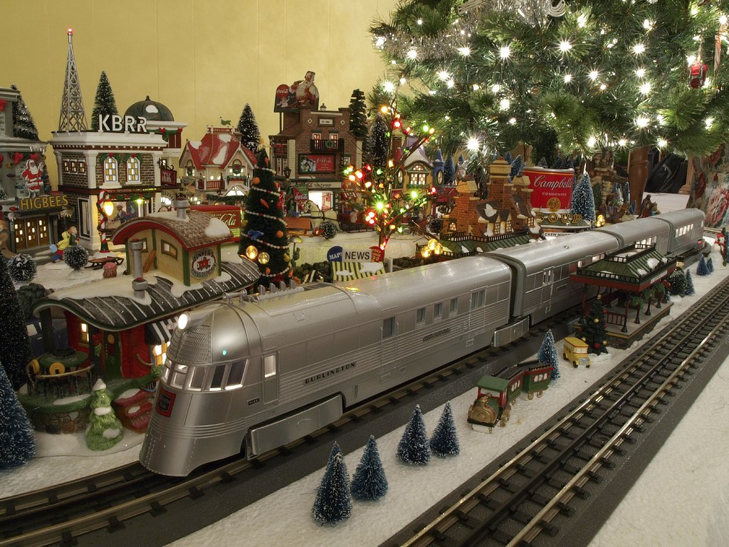 "MTH ""RailKing"" Burlington Zephyr"