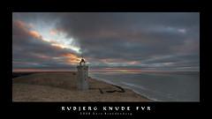 Rubjerg Knude Fyr (Doblonaut) Tags: winter lighthouse seascape geotagged denmark dune northsea dnemark danmark nordsee leuchtturm dne 2007 nordjtland nordjylland lnstrup lnstrup rubjergknudefyr northernjutland geo:lat=57449452 geo:lon=9774013