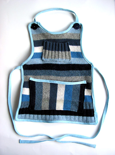 Kids Sweater Apron Tutorial