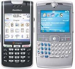moto-q-vs-rim-blackberry-7130c