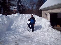 100_0273 (Kichadi) Tags: ohio snow winterstorm shovelling
