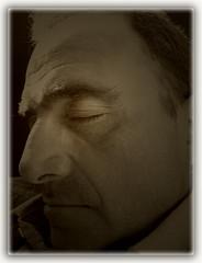 Dulce sueño (Ente inexistente) Tags: sleeping portrait macro face sepia portraits nose sleep retrato cara retratos rostro nariz sueño dormido cabezada