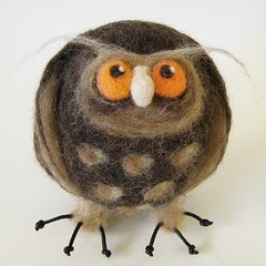 Jeffrey, the Wise Owl (fingtoys) Tags: toy handmade owl arttoy fing felttoy needlefelted fingtoys