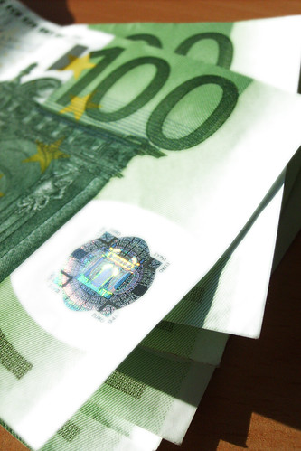 Cash Money - 100 Euro Notes