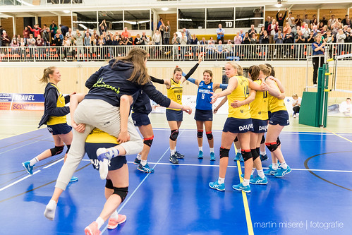 "3. Heimspiel vs. Volleyball-Team Hamburg • <a style=""font-size:0.8em;"" href=""http://www.flickr.com/photos/88608964@N07/32694279701/"" target=""_blank"">View on Flickr</a>"