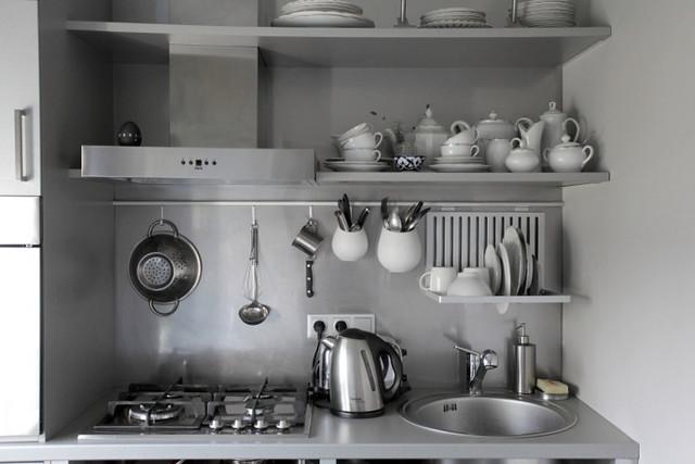 desire to inspire-soviet era apartment  6