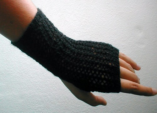 Lace Back Fingerless Gloves Pattern - Knit Purl
