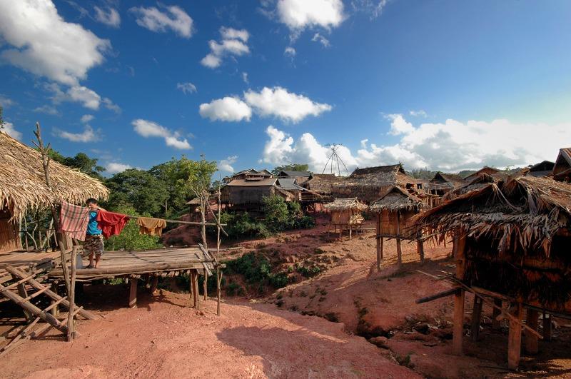 漫步寮國部落