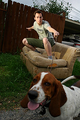 LET'S HANG TEN FOR JUSTICE (hackett) Tags: dog pets me goofy sanantonio alley texas sb600 basset leash nikkor bassethound hackett thecolonel couchsurfing fgr 24mmf28af strobist claytonhackett flickrgrouproulette uglycouchportrait treetookthisphoto