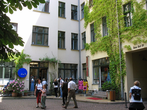 Hackesche Hofe (c2008, F. Kaid Benfield)