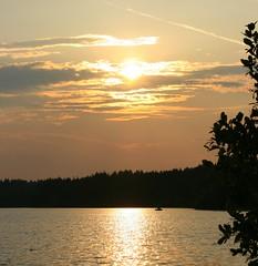 Sunset (Diane.Reichert) Tags: park sunset lake canon parvinstatepark settingsun parvin salemcounty canonrebelxti dianer1119