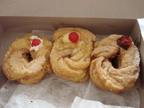 Zeppole Trio from Milanis