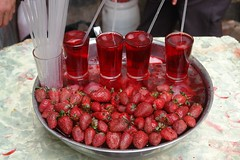 Strawberry juice (CharlesFred) Tags: peace middleeast syria damascus hospitality damas siria honour  levant syrien syrie suriye  syrianarabrepublic  middenoost   shoufsyria    welovesyria aljumhriyyahalarabiyyahassriyyah siri
