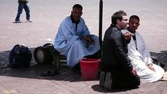 fernando y su serpiente (mrkubik) Tags: metro mayo marrakesh 2008 cubico