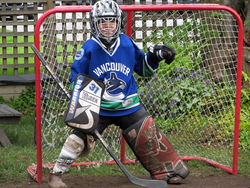 No Way Jose: Pint-sized Luongo Backup for Vancouver Canucks
