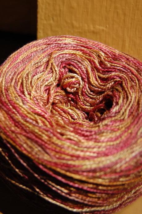 Yarn cake detail