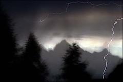 lightning-tetons.jpg