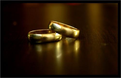 Bao giờ thì các cặp vợ chồng tổ chức đám cưới vàng?