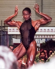 FiBo 1994 - Yolanda Hughes (Thomas Becker) Tags: show building sexy sports beauty muscles sport female spectacular essen body muscle muscular stage competition fair exhibition bodybuilding strong fibo strength 1994 bodybuilder athlete workout biceps fitness messe abs hughes sixpack yolanda ausstellung physique triceps quads bhne muskeln grugapark heying athlet sportler fbb quadriceps athletin