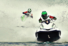 nothing stops my power (Abdullateef Al Marzouqi) Tags: blue summer white green water race uae fast sharp abudhabi winner watersports splash jetski highpass mywinners davehilleffect laati