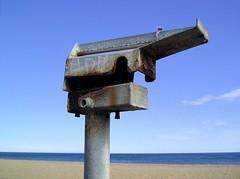 "AUSSIEMANDIUS- ""ON THE BEACH"" (zero g) Tags: sea sky beach metal sand rust brighton onthebeach australia melbourne victoria rob robjan rustyandcrusty itstheendoftheworldasweknowit theapocalypse alloysmetal melbourneandbeyond australia2007daybydayonephotoaday 6packphotos"