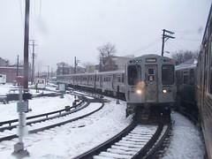 Kimball train (Mr. Montrose) Tags: park snow chicago train lights lawrence cta albany kimball albanypark