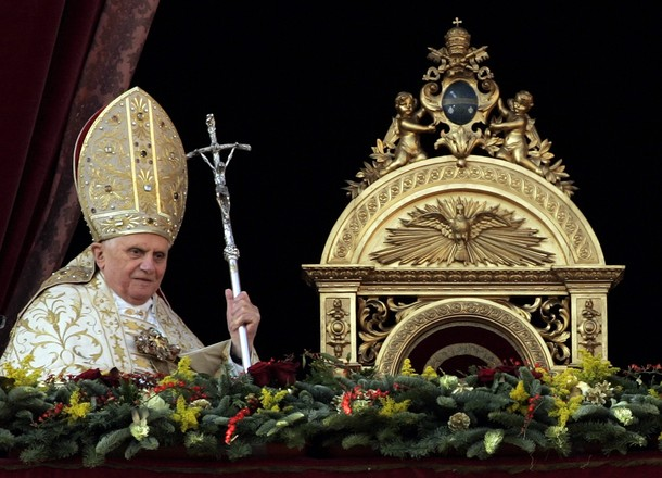 POPE-CHRISTMAS/