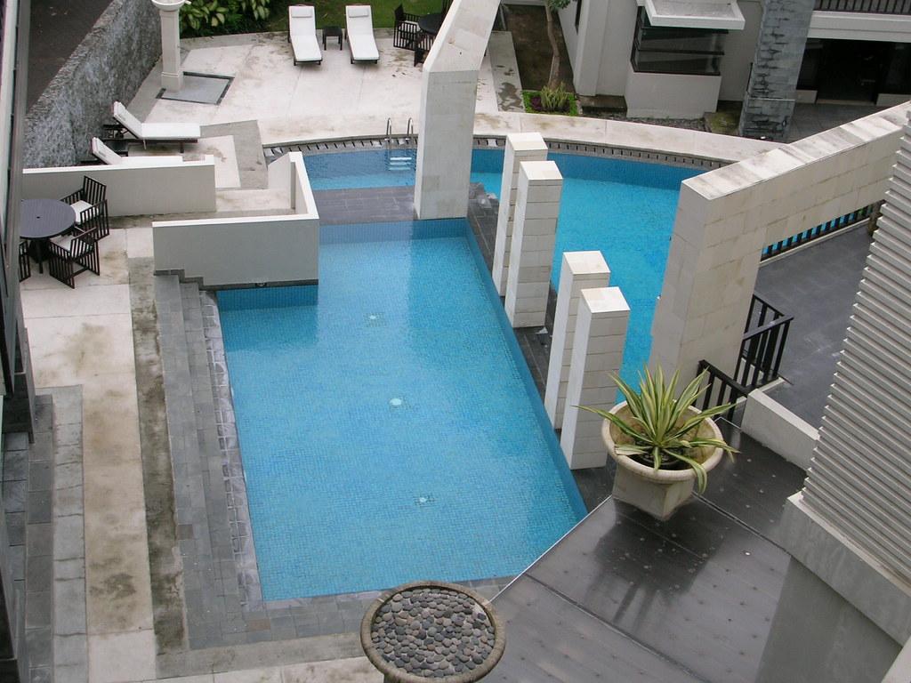 Swiss Belhotel Bayview Nusa Dua pool