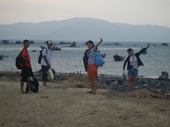let's go to the sea! (UH FAMILY) Tags: trip family smile colourful nhatrang unun