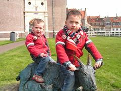 Geitje rijden (MichielDeG) Tags: museum kids enkhuizen