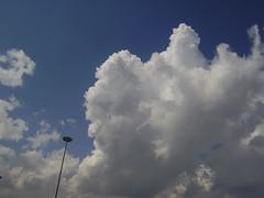 Nuvole in movimento (anna1882) Tags: nuvole cielo treno cervignano anna1882