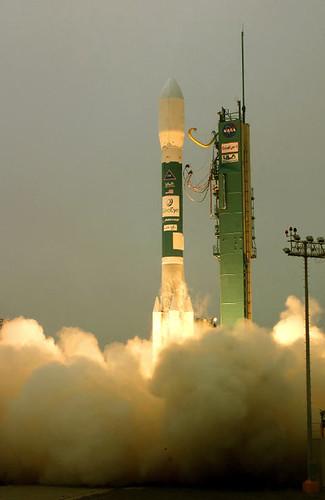 Launch of GeoEye-1.