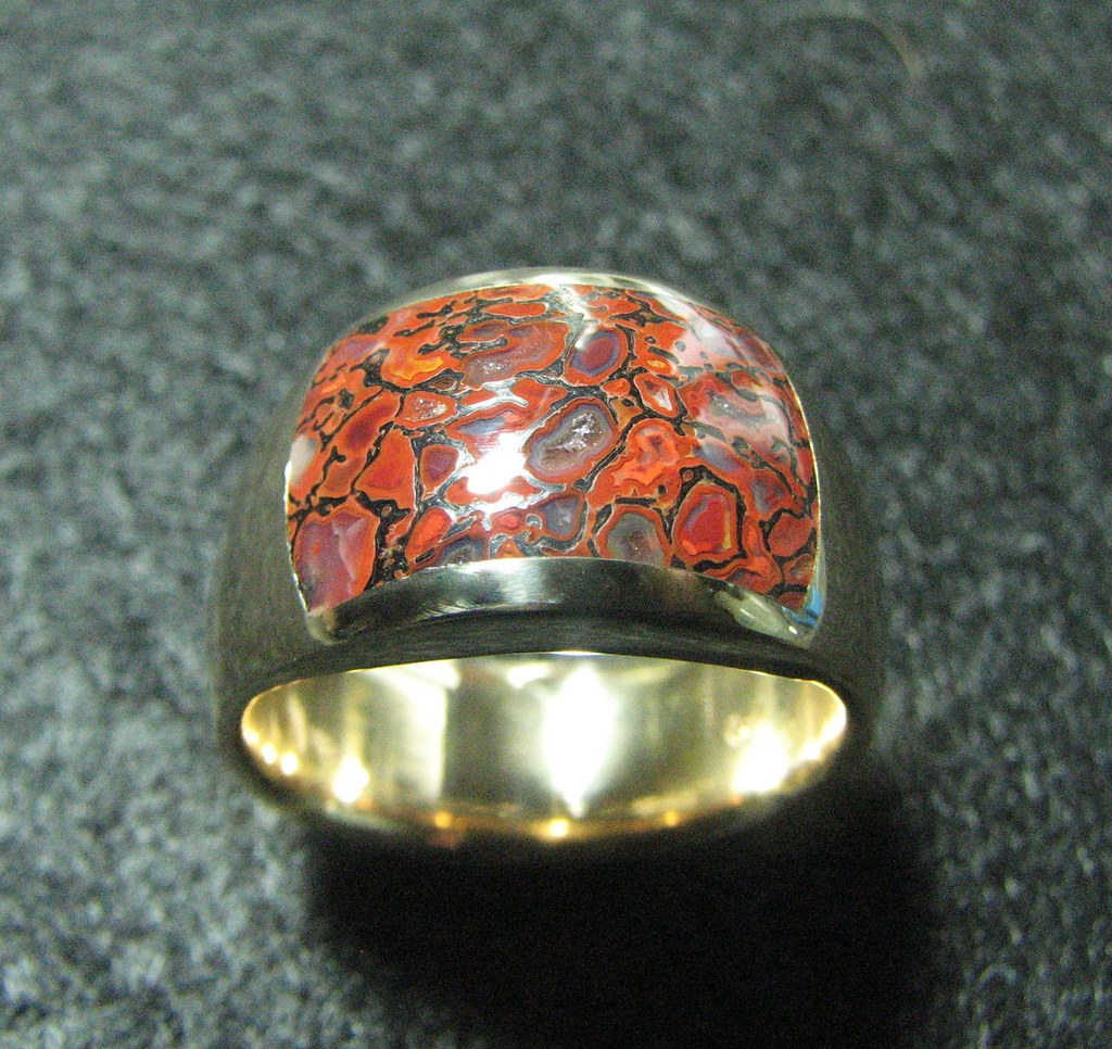 Bright orange/red gembone 14k Gold Ring