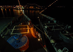 USS Boone and Thach display friendship lights while pierside during Glorias Navales, a holiday honoring the Chilean Navy (Official U.S. Navy Imagery) Tags: chile southamerica navy sailor usnavy puntaarenas guidedmissilefrigate ussbooneffg28 ussthachffg43 southernseas2011