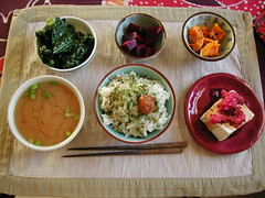 morning meal  (Neshamah Spirit Art) Tags: food breakfast tofu enjoy meal squash beets  kale ohashi gohan  umeboshi       misoshiru    nicoleraisinstern tortugadeldesierto watermelondaikon andyourheart tortugascybercaf afeastforyoureyes preparedwithlove tortugascaf