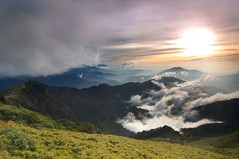 (fjny) Tags: friends mountains clouds geotagged nationalpark taiwan explore  taroko      mthehuan geo:tool=gmif diamondclassphotographer flickrdiamond geo:lat=24142544 geo:lon=121271199 top20taiwan
