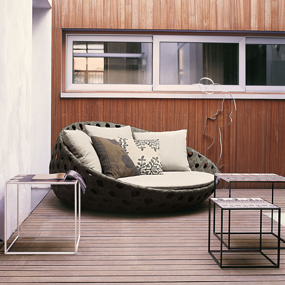 Modern outdoor furniture part 1