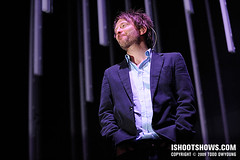 Thom Yorke, Radiohead, and Catchflash (Todd | ishootshows.com) Tags: tour thomyorke radiohead johnnygreenwood colingreenwood philselway edobrien catchflash 2008radiohead